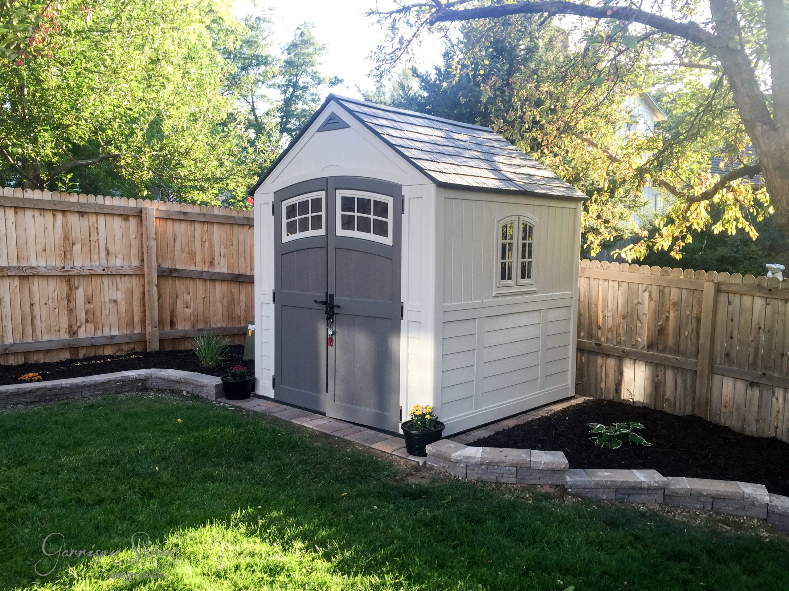 Backyard Landscape Edging