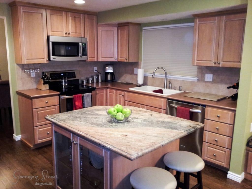 Kitchen Island Cabinet Update