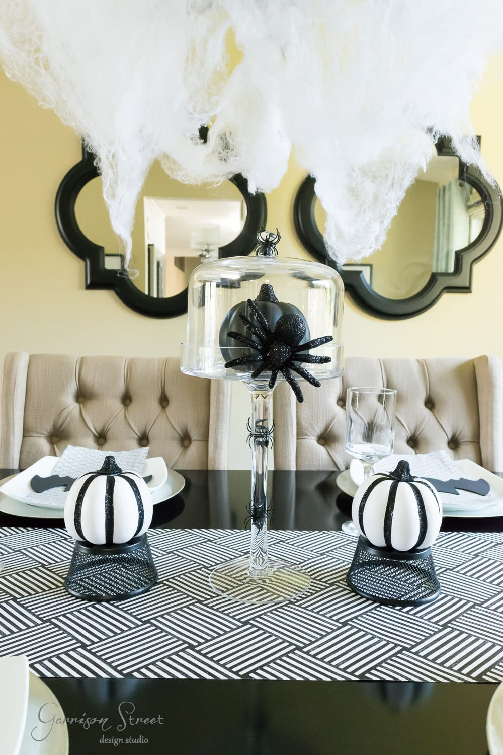Spooky Spider Halloween Tablescape