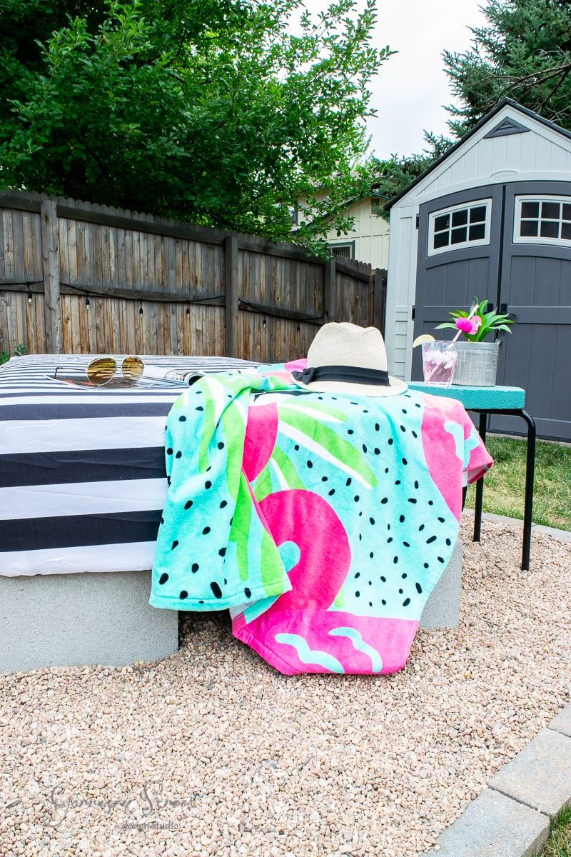 DIY Outdoor Sunbed